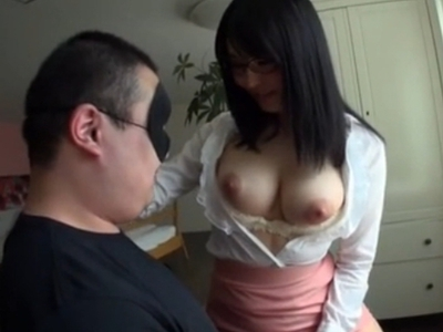 このおっぱいをどうしたいの?優しく語りかけながら乳首を吸わせる巨乳教師が痴女すぎw