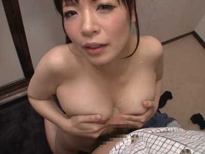 vjav-25946nao-mizuki-in-attracted-to-stepmoms-sweaty-chest-part-5.jpg