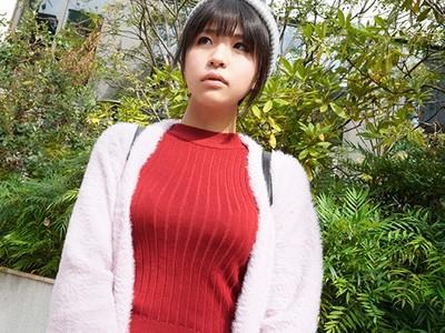幼い顔して見事な着衣巨乳!SNSで見つけたGカップ巨乳美少女との着せ替えコスプレH!