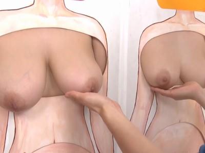 下乳に手を添えておっぱいの重みを堪能w巨乳三姉妹の裸を当てるフェチなエロゲーム企画w