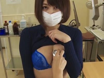 先生…触診もして下さい…おっぱいに聴診器を当ててたら興奮しちゃった巨乳美女のエロ健診w